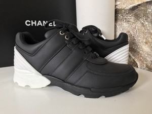 Chanel Sneakers Trainer Tennis Size 38.5 Black White Athletic