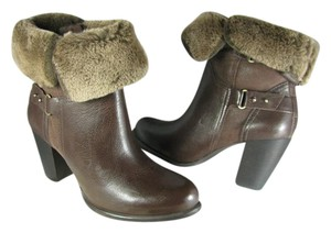 f4aa15eed57 UGG Australia Stout Brown New Jayne Cuff Pull On Heel Ankle Boots/Booties  Size US 8 Regular (M, B) 44% off retail