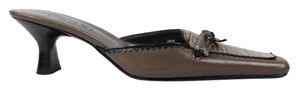 Moda Spana Brown, Black Mules