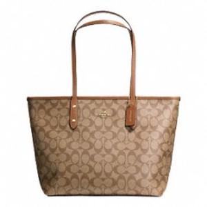 Coach Tote in IMITATION GOLD/KHAKI/SADDLE