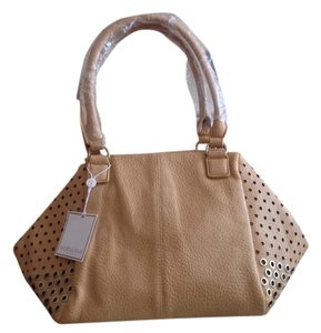 Shiraleah Ames Roomy Relaxed Tote in Tan