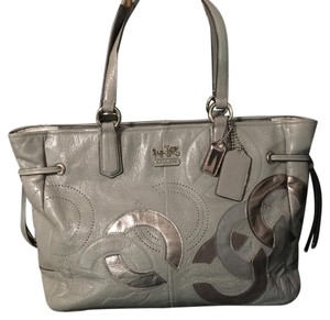 Coach Tote in grey with silver