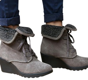 White Mountain Grey Boots