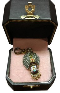 Juicy Couture NEW!! JUICY COUTURE SUPER RARE 2006 GENIE HEAD CHARM!!