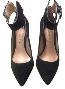 Gianni Bini Black suede Pumps