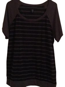Torrid T Shirt black and grey stripe