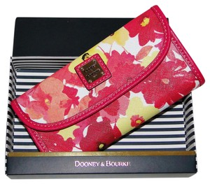 Dooney & Bourke Watercolor Somerset Floral Continental Wallet WSOME0507