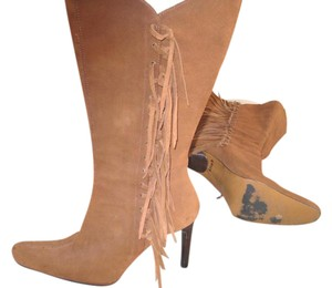 MIA light brown or camelle Boots