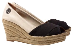 Tory Burch Black/Natural Wedges
