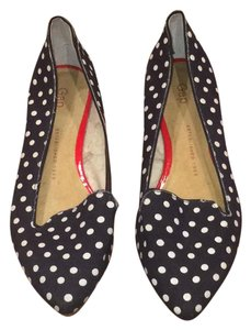 Gap Navy blue with white polka dots Flats