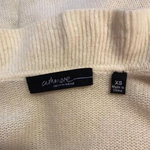 Saks fifth ave Cashmere cardigan Sweater