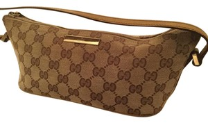 Gucci Small Signature Baguette