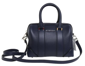 d8a510b0016 Blue Givenchy Cross Body Bags - Up to 90% off at Tradesy