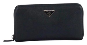 Prada Black Saffiano Oro leather