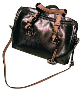 Michael Kors Satchel in pewter/silver