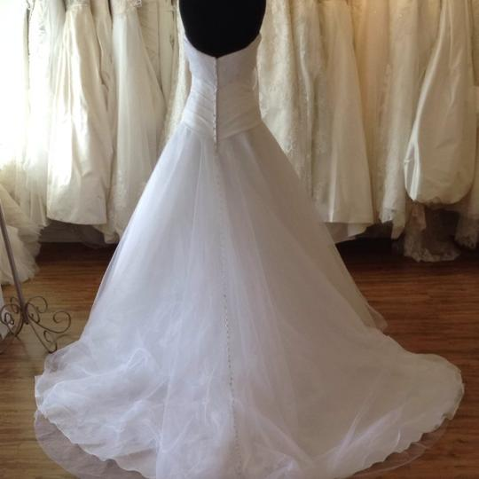 Allure Bridals White Tulle Wedding Dress Size 6 (S)