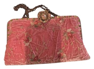 Clara Kasavina dusty pink with embroidered flowers Clutch