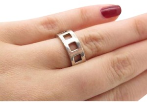 Gucci size 5, sterling silver, fashion ring