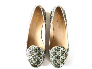 Joan & David Fabric Pattern Gold Blue/Gold Flats