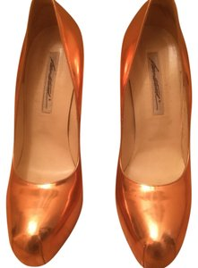 Brian Atwood rose gold Pumps