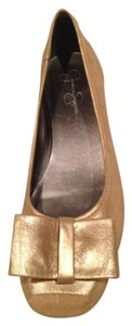 Jessica Simpson Gold Pumps