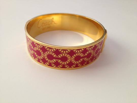 Coach Nwt Coach Gold And Pink Enamel 3/4 Inch OP Art Bangle Bracelet