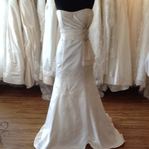Casablanca Ivory Satin Wedding Dress Size 8 (M)
