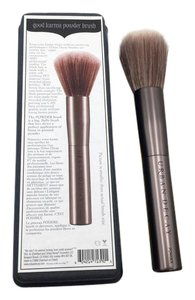 Urban Decay Urban Decay Good Karma Powder Brush