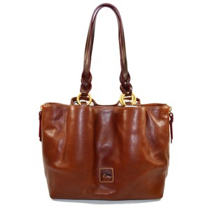 Dooney & Bourke Large Zip Barlow Florentine Leather And Shoulder Bag