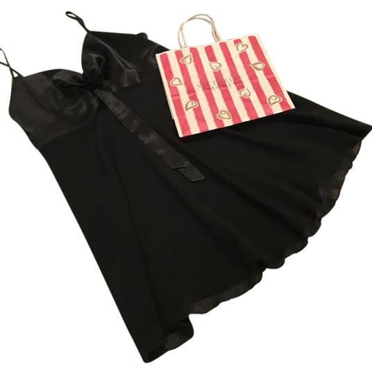 Preload https://img-static.tradesy.com/item/20589670/victoria-s-secret-black-sheer-and-satin-nightgown-with-gift-bag-0-2-540-540.jpg