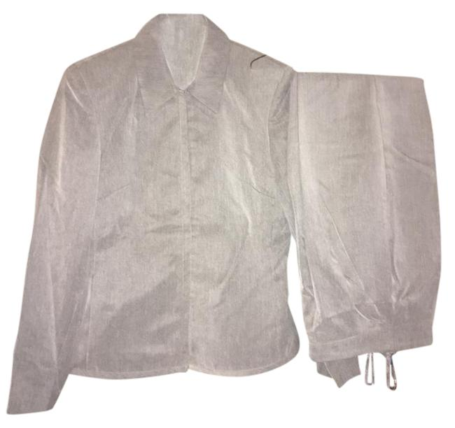 Item - Light Grey Jacket Zips In Front Pant Suit Size 4 (S)
