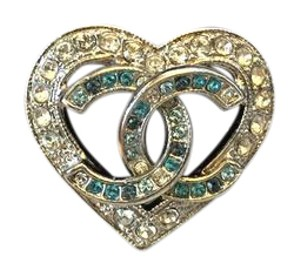 Chanel CHANEL NWT CRYSTAL HEART CC LOGO RING (SIZE 7) ($450)