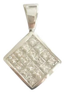 14k Gold 4/5 ct Princess diamond pendant