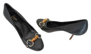 Gucci Horsebit Leather Pebbled Leather Black Pumps