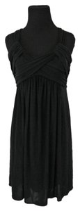 BCBGMAXAZRIA Stretchy Empire Waist Adjustable Straps Classic Comfortable Dress