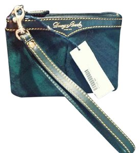 Dooney & Bourke & New Gift Tartan Plaid Db Wristlet in Green - Blue - Black