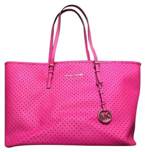 Michael Kors Saffiano Leather Holes Jet Set Tote in Pink