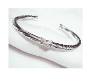 David Yurman David Yurman Cable X Station Bracelet with Diamonds, 4mm