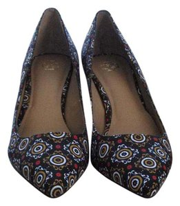 Ann Taylor New In Box Stylish Fabric Navy Mosaic Pumps