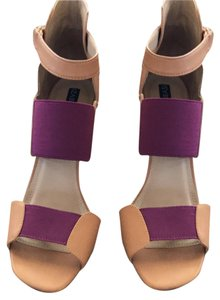Izabella Rue tan/purple Pumps