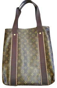 Louis Vuitton Lv Beaubourg Monogram Tote in Brown