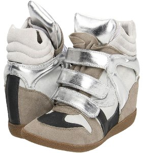 Steve Madden Sneakers Suede Taupe Silver Gray Wedges