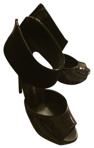Rock & Republic Black Sandals