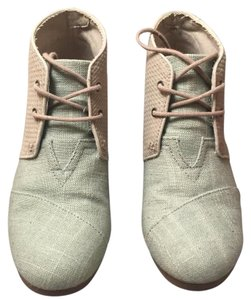 TOMS Green Wedges