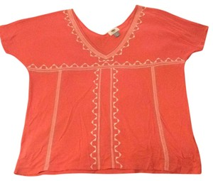 Old Navy T Shirt Coral with white detail