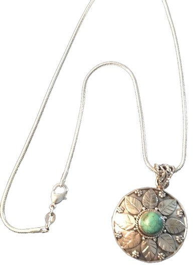 """Essentials Boutique Genuine Turquoise Gemstone Pendant Necklace in Sterling Silver 18"""""""