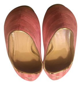 Charlotte Olympia Elegant Whimsical Kitty Design Pink Flats