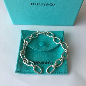 Tiffany & Co. Tiffany & Co. Silver Oval Clasping End Link 7