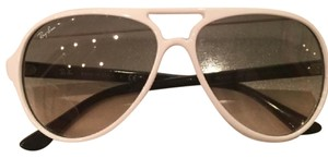 Ray-Ban White CATS 5000 Classic ray bans