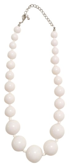 Preload https://item2.tradesy.com/images/forever-21-forever-21-white-bead-round-necklace-pendant-2059621-0-0.jpg?width=440&height=440